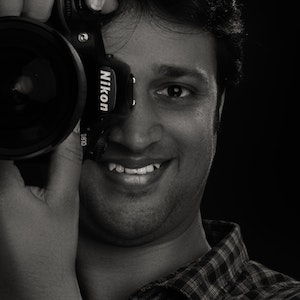 Product photographer in Singapore